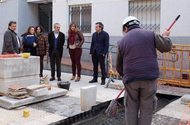 Flores y Díaz visitan las obras de Pino Montano