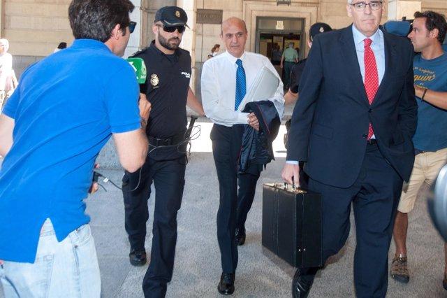 José María Del Nido tras declarar en los juzgados de Sevilla