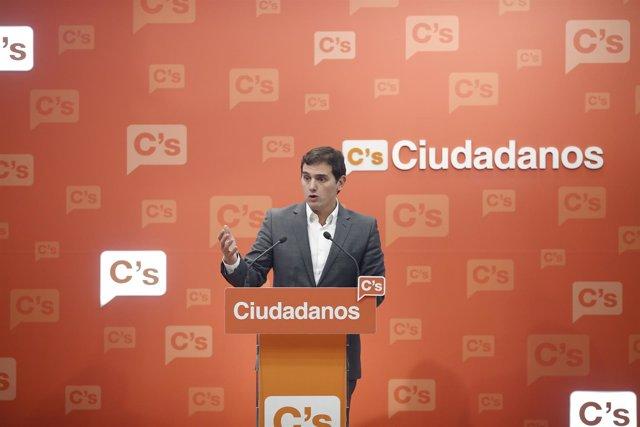 Rueda de prensa de Albert Rivera en la sede de Ciudadanos