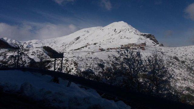 Nevada, nieve, Somiedo, invierno.