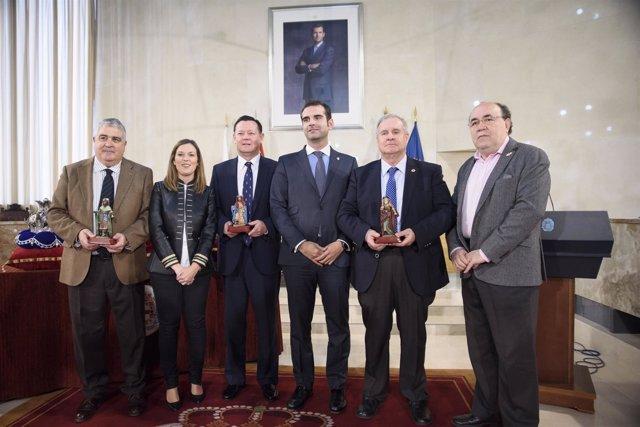 Recepción de los emisarios de los Reyes Magos de 2017 en el Ayuntamiento.