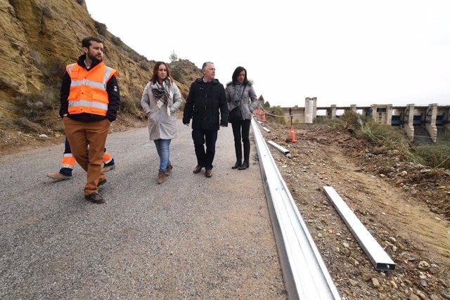 José María Villegas en la carretera de Bácor-Olivar