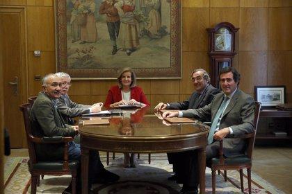 Báñez se reúne hoy con los agentes sociales para hablar de pensiones