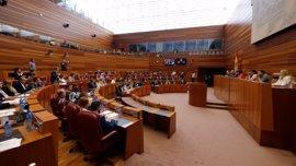 Cortes piden agilizar el proceso de traslado de refugiados a España
