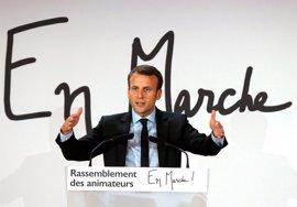 Enmanuel Macron, el líder francés más valorado después de Fillon, según una encuesta