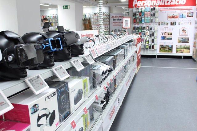 Media Markt inaugura junto a plaza Catalunya su tienda más céntrica de  Barcelona 8ba748f6856