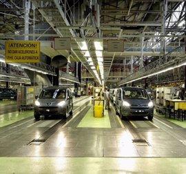 PSA Vigo cerrará el año con más de 424.000 vehículos producidos, un 4% más que en 2015