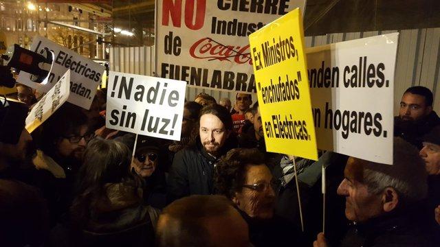 """Iglesias critica el pacto del PP y PSOE contra la pobreza energética porque es un """"lavado de cara"""""""