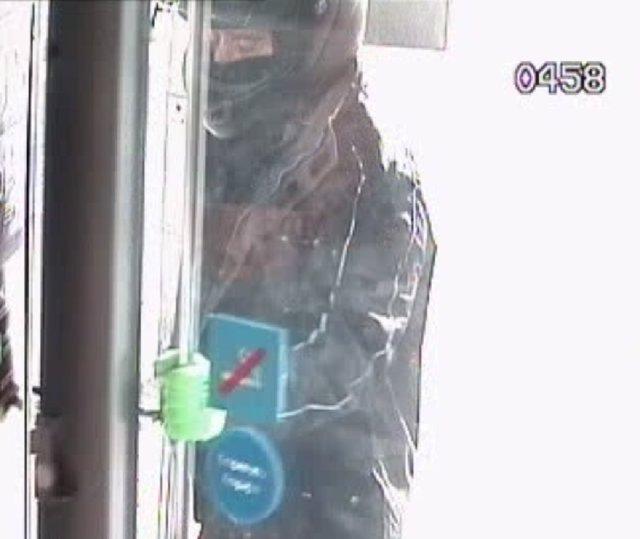 Detenido un hombre acusado de robar en cuatro bancos y dos hoteles