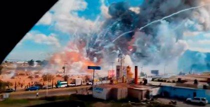 Los restos de la tragedia del mercado pirotécnico de Tultepec en México