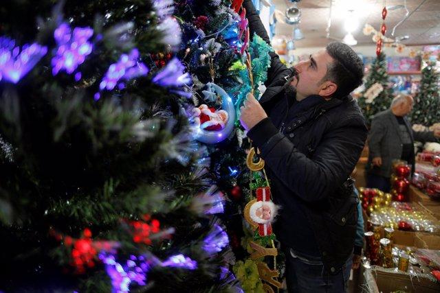 Tienda de productos navideños en Erbil