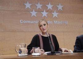 """Cifuentes critica la """"desidia"""" del Ayuntamiento con La Peineta"""