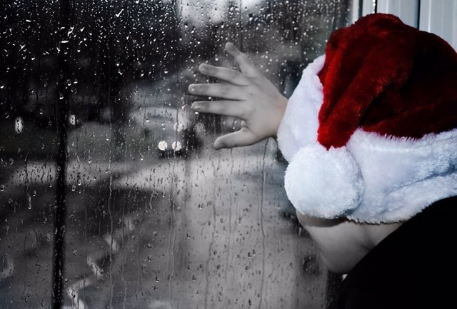 Navidad. Llover. Tristeza.