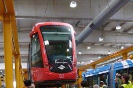 Convocan huelga indefinida en Metro Ligero Oeste a partir del 2 de enero