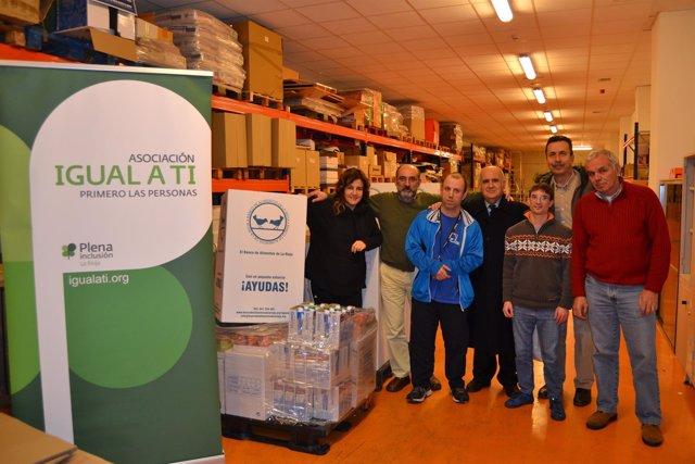 Donación 'Igual a Ti' al Banco de Alimentos