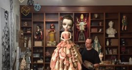 La exposición de Mark Ryden supera las 10.800 visitas en el CAC Málaga en una semana