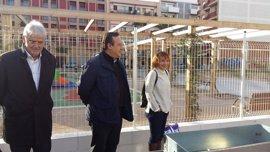 Valencia desarrolla en Nou Moles el primer huerto urbano inclusivo para menores
