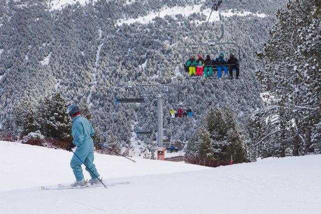 Grandvalira mantiene abiertos más de 150 kilómetros esquiables con 90 pistas abiertas
