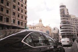 Coches de alquiler con conductor recurren decreto para poder circular por Madrid Centro en episodio 3 de contaminación