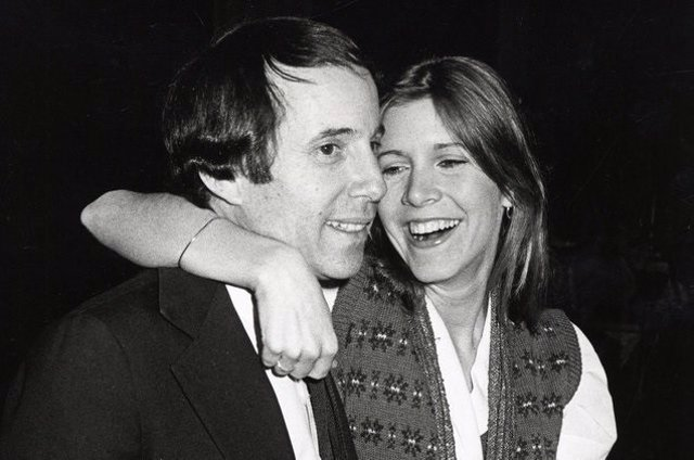 PAUL SIMON Y CARRIE FISHER