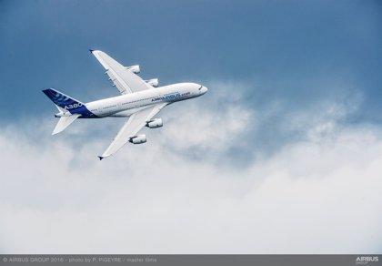 Airbus aplaza la entrega de los 12 'superjumbo' a Emirates