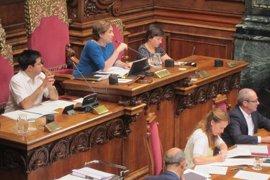 Barcelona prorroga su Presupuesto previendo aprobar el de 2017 con la cuestión de confianza