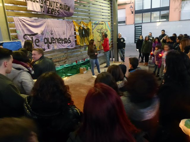 Homenaje del primer aniversario de la muerte del joven transexual de Rubí Alan