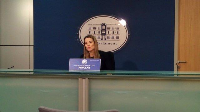 La portavoz del GPP, Marga Prohens, en rueda de prensa