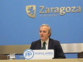 """Azcón (PP) sostiene que Santisteve """"es el peor alcalde de la democracia"""""""