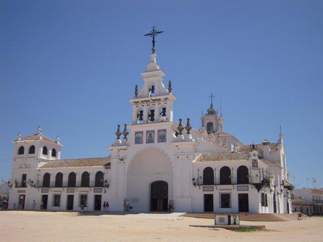 Ermita de El Rocío en Almonte (Huelva).