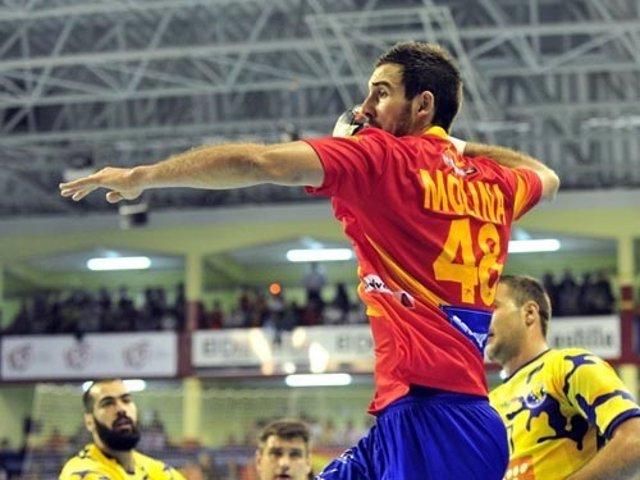 Carlos Molina con la selección española de balonmano