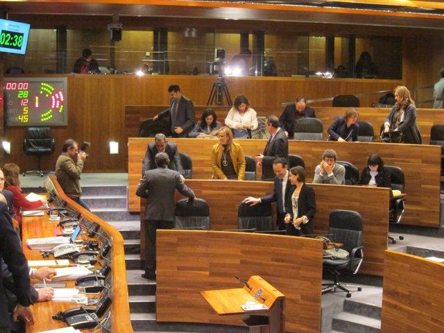 Votación aprobación presupuesto Asturias 2017