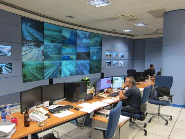 Sala de pantallas del Centro de Gestión de Tráfico de la DGT en Valladolid