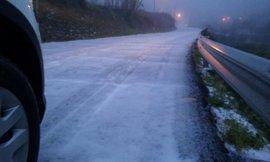 Protección Civil recomienda extremar la precaución en carretera ante la previsión de niebla y heladas de hasta -8 grados