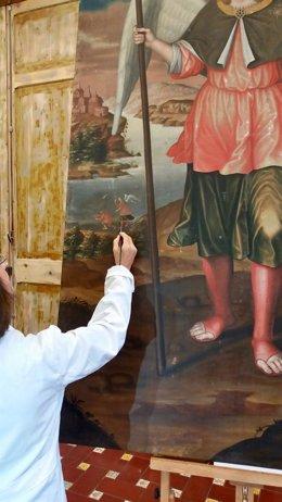 Restauración de una de las obras del Museo de Bellas Artes de Santa Cruz