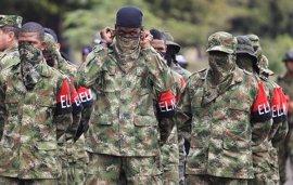 """Santos da """"instrucciones precisas"""" para combatir el """"terrorismo"""" tras el ataque del ELN cerca de Bogota"""