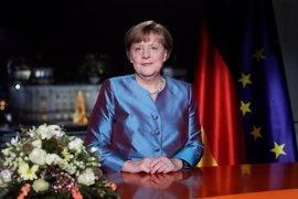 """Merkel: El terrorismo islamista fue """"la prueba más difícil"""" para Alemania en 2016"""