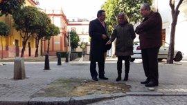 "PP critica ""daños"" en torno a la calle San Vicente de Sevilla tras obra de reurbanización"