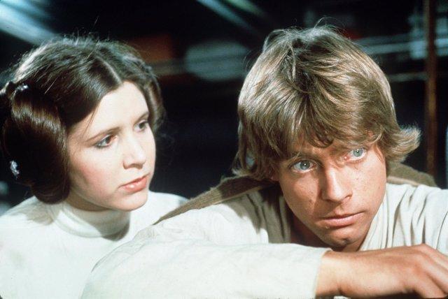 Princesa Leia y Luke Skywalker