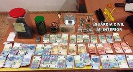 Detenidos cuatro miembros de una organización que vendía drogas a menores en l'Alcora