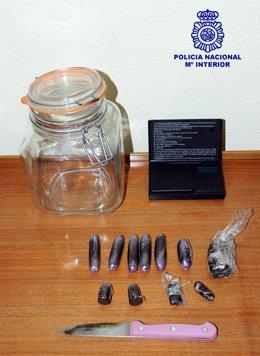Detenido un joven por un delito de tráfico de drogas en Ourense.