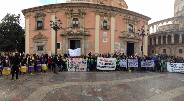 Imagen de la manifestación de educadores infantiles en Valencia