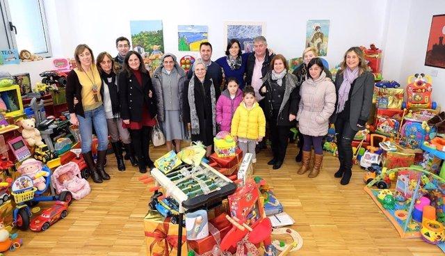 Juguetes donados para los niños y colectivos de Santander