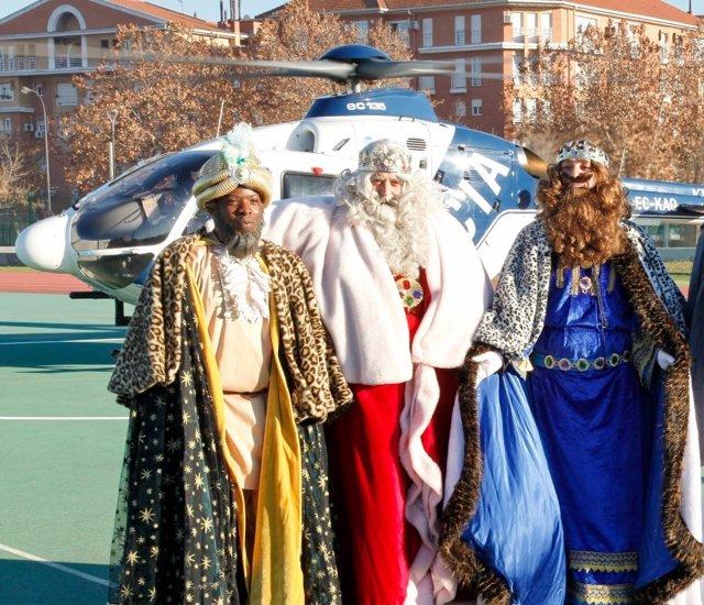 Reyes Magos llegando a Getafe en helicóptero