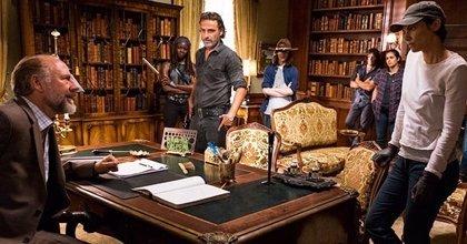 The Walking Dead: Rick y los suyos preparan la guerra contra Negan en la primera imagen del 7x09
