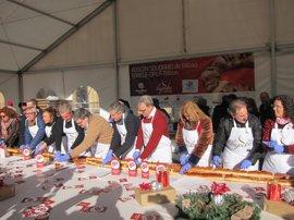 Cáritas Bizkaia reparte en Bilbao más de 4.000 raciones de 'Roscón Solidario'