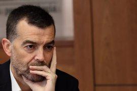 """Maíllo: PSOE dará estabilidad al Gobierno de Rajoy hasta que se """"reconstruya"""""""