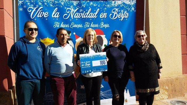 Berja clausura su campaña de comercio de Navidad.