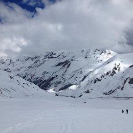 Nieve. Esquiar.