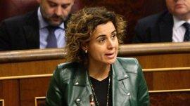 """Dolors Montserrat dice """"no tener claro"""" regular sobre la maternidad subrogada y pide un debate interno de los partidos"""